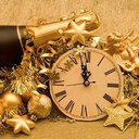 Уважаемые поэты и гости сайта!С наступающим Вас Новым годом!<br /><br />Пусть Новый Год Вам принесет<br />Со снегом смех, с морозом бодрость,<br />В делах успех и в духе твердость,<br />Пусть счастье в будущем году<br />Вам будет личным даром,<br />А горе, слезы и беду<br />В году оставьте старом.